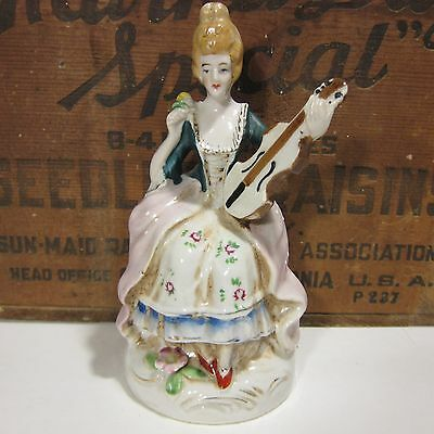 Occupied Japan Colonial Figurine Made in Painted Ceramic Woman with Instrument