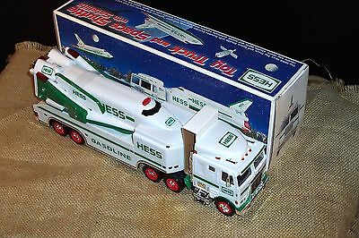 Vtg 1999 HESS TOY COMMEMORATIVE TRUCK SPACE SHUTTLE W/ SATELLITE Gas Oil Petro