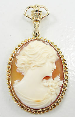 Vintage 10K Yellow Gold Carnelian Shell Cameo Oval Pendant Facing Right