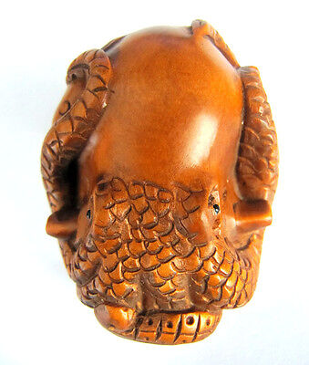 """Y2992 - 2"""" Hand Carved Boxwood Netsuke Carving Figurine: Octopus"""