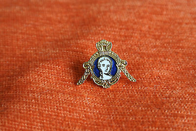 15669 Pins Pin's Comtesse Du Barry Countess Couronne Crown