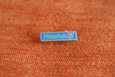 15757 Pin's Pins Naturissimo Cosmetique Cosmetic
