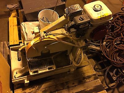 Norton Clipper BBC545G Gas 4 HP Honda Powered Paver Block Wet Saw