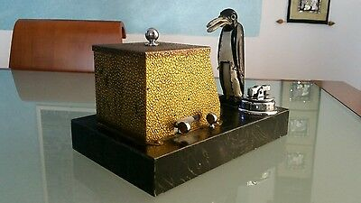 NEW YORKER RONSON LIGHTER AND CASE DISPENS PENGUIN PIKACIG 1939 c.a. VERY RARE