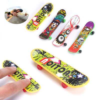 Mini Finger Board Skateboards Plastic Style Toy Skate Gift Pack of 4
