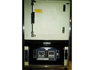 BLUE M DCC 146 Clean Room Oven