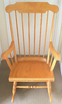 """Solid Pine Traditional Rocking Chair For Indoor & Outdoors VGC 40""""H 25""""W 29""""D"""