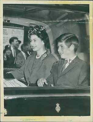 1961 Prince Charles of England Smiles in Car Original News Service Photo