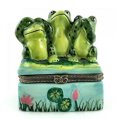 Frog Trinket Box Hinged Hear No Say No See No Evil on Lily Pad Jewelry Treasures