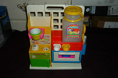 Vintage 1986 Fisher Price Toddler Kitchen Very Clean! Nearly Complete!