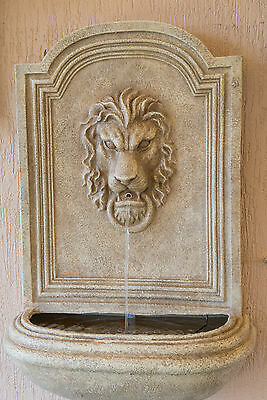 Outdoor Garden Water Feature Wall Hanging Oxford Lion Head Cascading Fountain