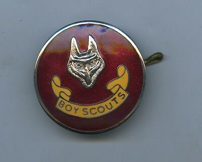 C.1940's/50's RED ENAMELLED BOY SCOUTS WOLF BADGE MADE BY OLSENS OF ADELAIDE SA.