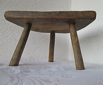 19thC massive ANTIQUE primitive WOODEN three LEGGED MILKING STOOL chair tripod-7