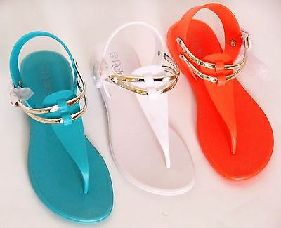e430ad5d99afe Refresh SAHARA Women s T-Strap Jelly Thong Buckle Flat Heel Casual Beach  Sandals