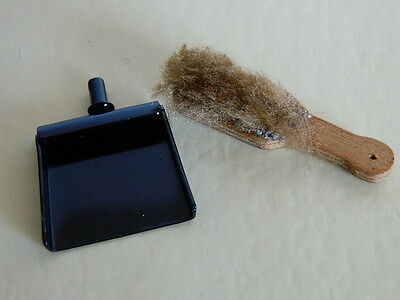(M5.13) Dolls House Metal Dustpan And Hand Brush