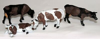 O Scale Unpainted Model Kits  L50 2 assorted cows