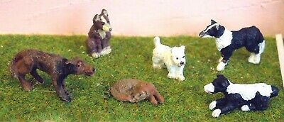 O Scale Unpainted Model Kits 7 Assorted Dogs L30
