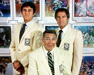 DON MEREDITH HOWARD COSELL FRANK GIFFORD ABCs MNF  8X10 PUBLICITY PHOTO (ZY-158)