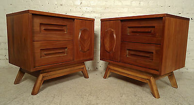 Mid-Century Heavy Walnut Nightstands 09811NZ