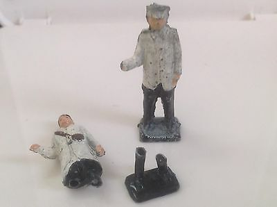 Charbens Man For Horse Drawn Delivery Van (ref Gr 97) Damaged Plus Another Man