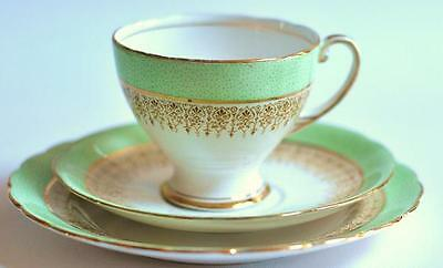 ROYAL STANDARD English Vintage China Teacup Saucer Teaplate Trio Green High Tea