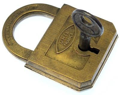 Vintage Brass Padlock FTH 333 Unis France - My Ref P339