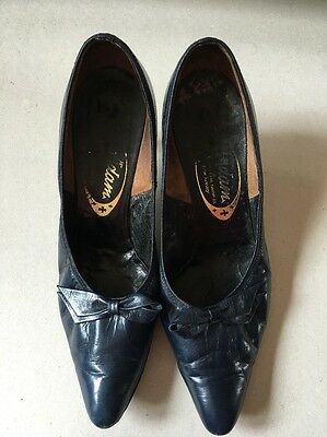 Vintage Navy Shoes UK Size 6 Navy Leather 'Adam' Small Heel 40s 50s 60s