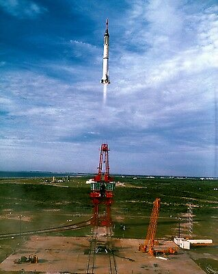 Gus Grissom Lifts Off In Liberty Bell 7 Mercury Mr-4 - 11X14 Nasa Photo (Lg-024)