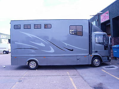 Iveco Leyland Mercedes Horsebox Horse Box Trailer Graphics
