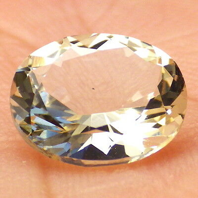 GOLDEN OREGON SUNSTONE 2.44Ct FLAWLESS-FOR JEWELRY-GERMAN CUT