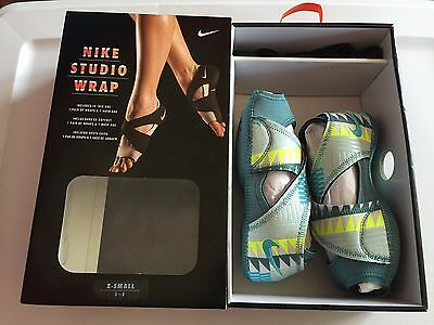 Womens X-S Extra Small 5-6 NIKE Studio Wrap Gamma Blue Yoga Ballet Dance Shoes