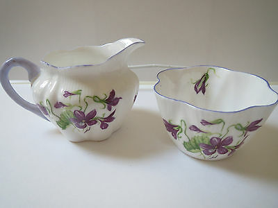 Shelley - Violets Dainty Shape Open Sugar And Creamer Purple Trim