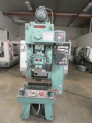 Wasino Model Pux25 25-Ton Punch Press