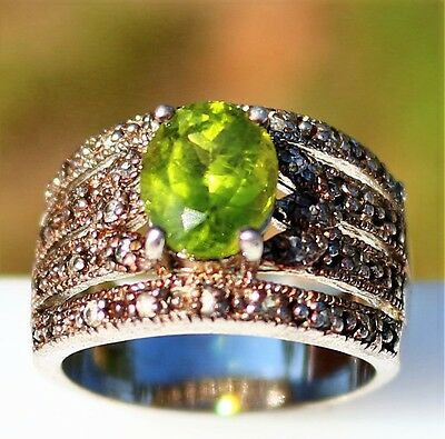Size 9 Sterling 925 olivine green Crystal and small clear Topaz pave 9.9g  RING