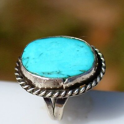Size 4 Silver tone Blue Turquoise stone native artisan made 6.0g   RING