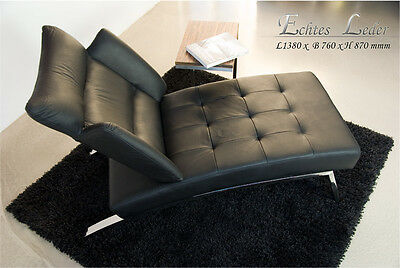 Modern Bauhaus Chaiselongue daybed with polished steel frame. Real leather black