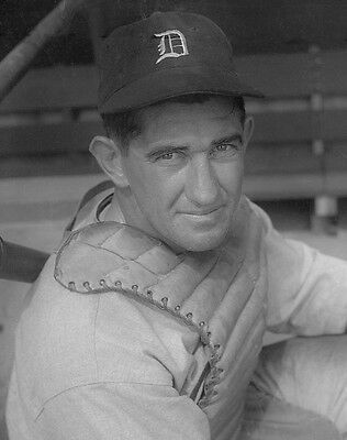 Awesome Mickey Cochrane Glossy 8X10 Tigers All Time Great Catcher