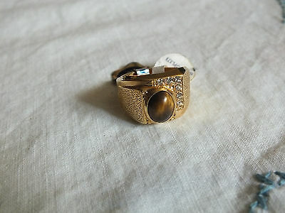 Beautiful Cocktail Ring Gold Tone Brwn Cabochon Rhinestones Signed 18KT HGE Sz 9