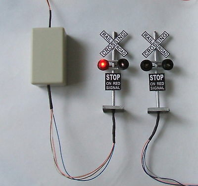 Z28, 3  model signals,flash,6-12V,O scale signal