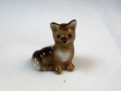 Hagen Renaker miniature made in America Fox baby seated