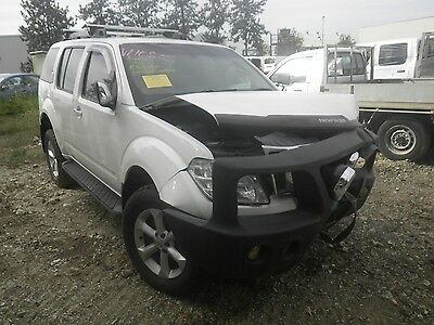Nissan Pathfinder R51 Right Front Outer Door Handle #53426
