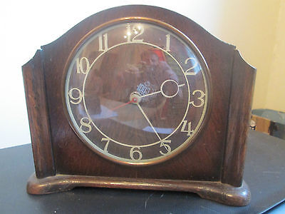 Vintage Smiths Electric Mantle Clock Wooden Case