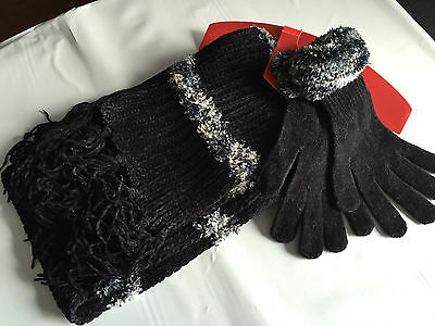 BNWT Ladies Teenage Girls BHS Brand Soft Black Tassle Gloves Scarf Set One Size