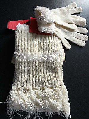 BNWT Ladies Teenage Girls BHS Brand Soft Cream Tassle Gloves Scarf Set One Size