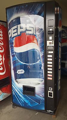 Dixie Narco 440-8 Bubble Front Soda Vending Machine Pepsi/Coke W/Bill Acceptor
