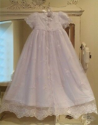 NEW WHITE CHRISTENING DRESS VICTORIAN STYLE 3/6/9/12/15/18m + BONNET + FREE BOX