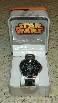 STAR WARS / Darth Vader - Collectible Wrist Watch by Accutime
