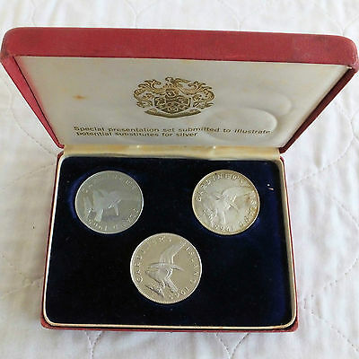 GARDINERS ISLAND 1965 3 COIN PATTERN TRIAL SET  - boxed