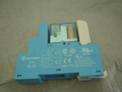 FINDER 95.05 Relay Socket with 40.52 RELAY