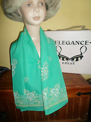 1 NEW Mixed Fibre Ladies Scarf Green Yellow + White Gift Idea #93